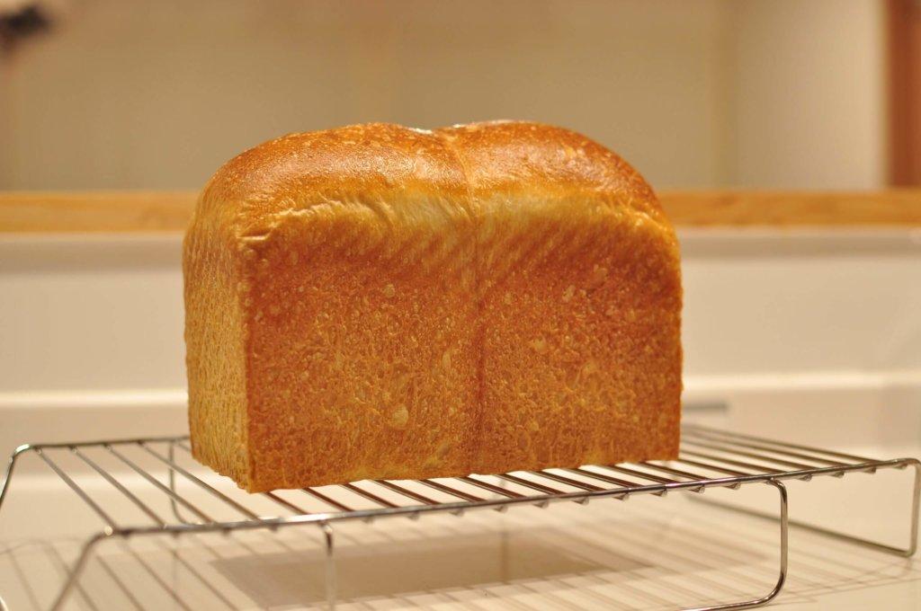 CHEFMADEの斜線が入った食パン型で理想のハードトーストは焼けるのか検証